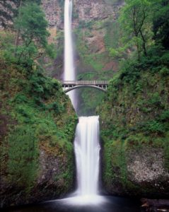 view of multnomah falls