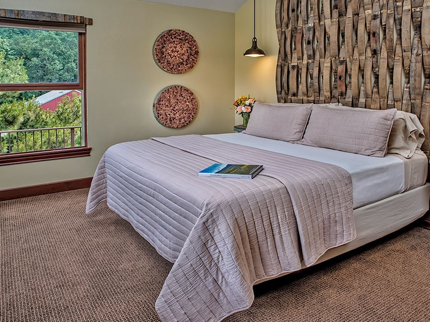 jackson room bed